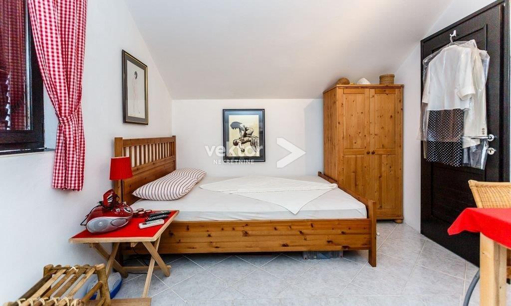 Casa Rudine, Dobrinj, 100m2