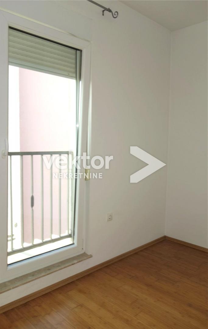 Stan,Hosti, 106m2, 3-soban s dnevnim boravkom, garaža