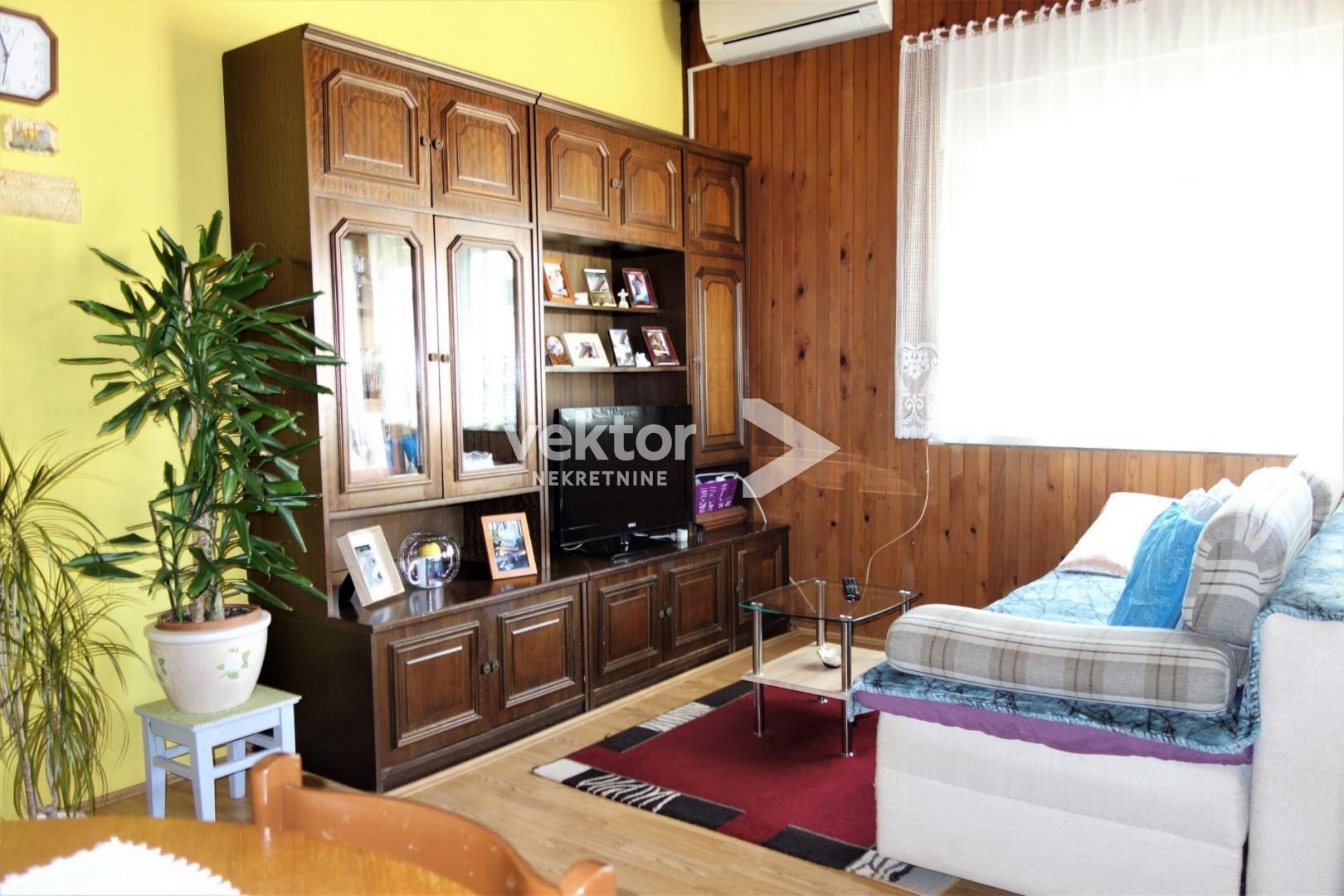 Kuća, Čavle, 170m2, prizemnica, 2 stana