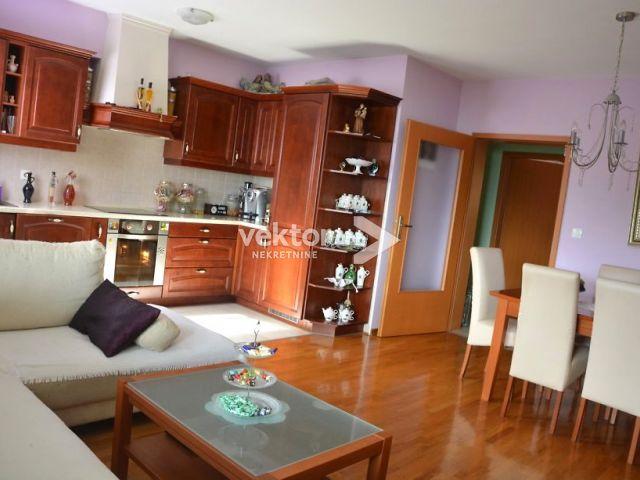 Appartamento Pobri, Opatija - Okolica, 82m2