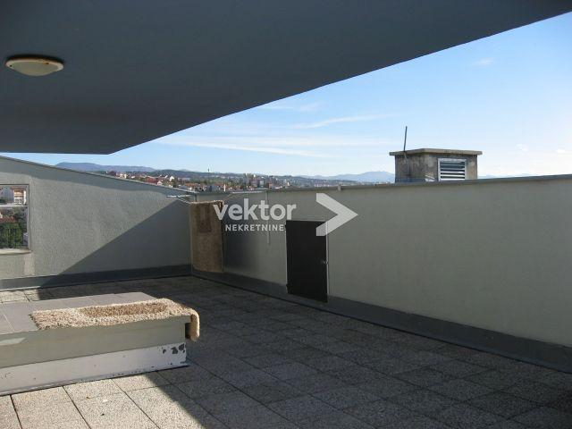 Stan, Zamet, 100m2, 3-soban s dnevnim boravkom, krovna terasa