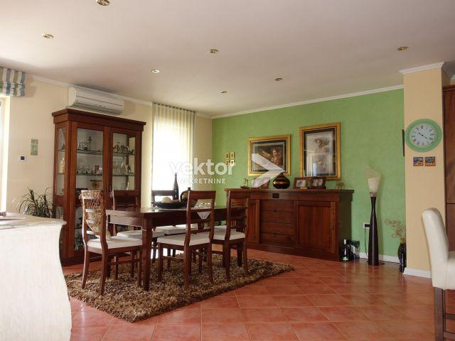 Appartamento Brestovice, Kastav, 240m2