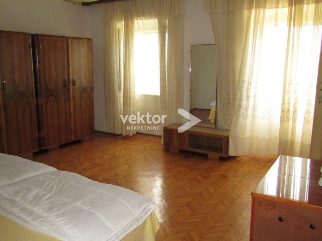 Haus Krnjevo, Rijeka, 200m2