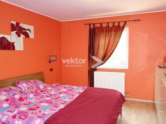 Kuća Viškovo, 2 stana, 390m2