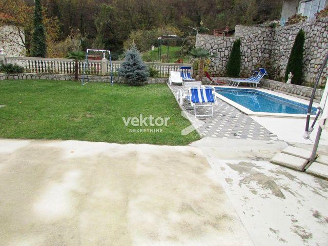 KUĆA RUKAVAC 310.95m2 -kuća sa bazenom