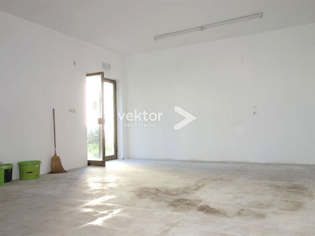 Poslovni prostor, Marčeljeva Draga, 40m2
