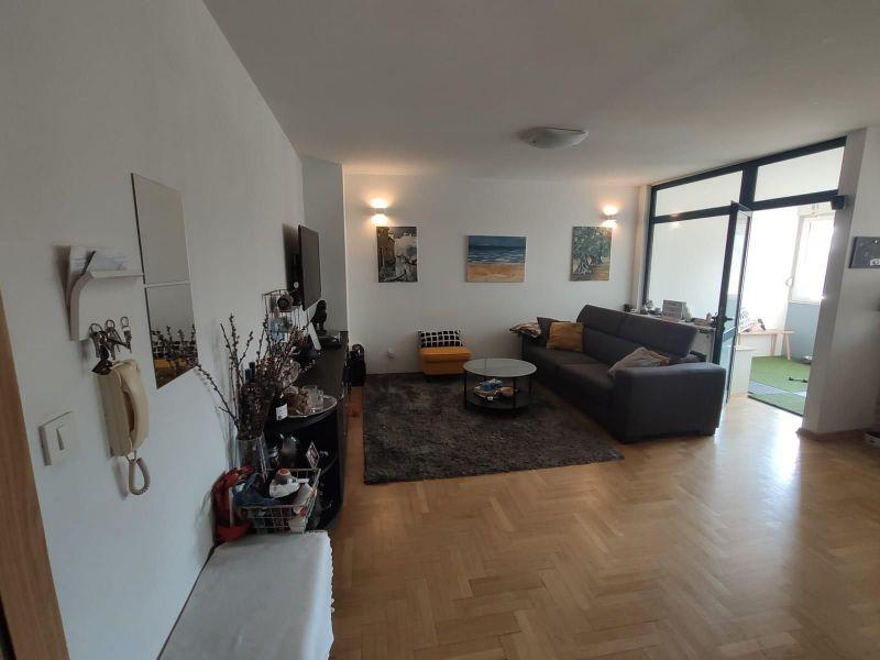 Zagreb, Dugave, 3sobni stan 60 m2, pored Doma zdravlja
