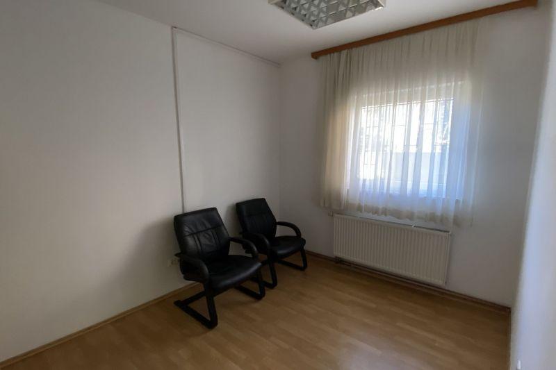 Zagreb, Črnomerec - baruna Filipovića, Uredi, ulični lokal, garaže: 352,61 m2