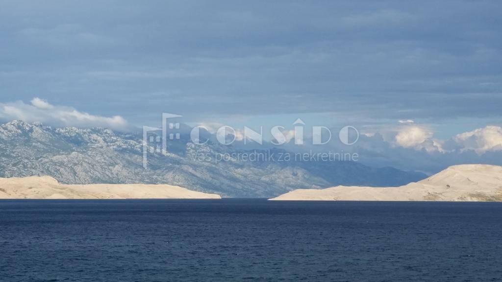 Pag, Bošana vila na samom moru