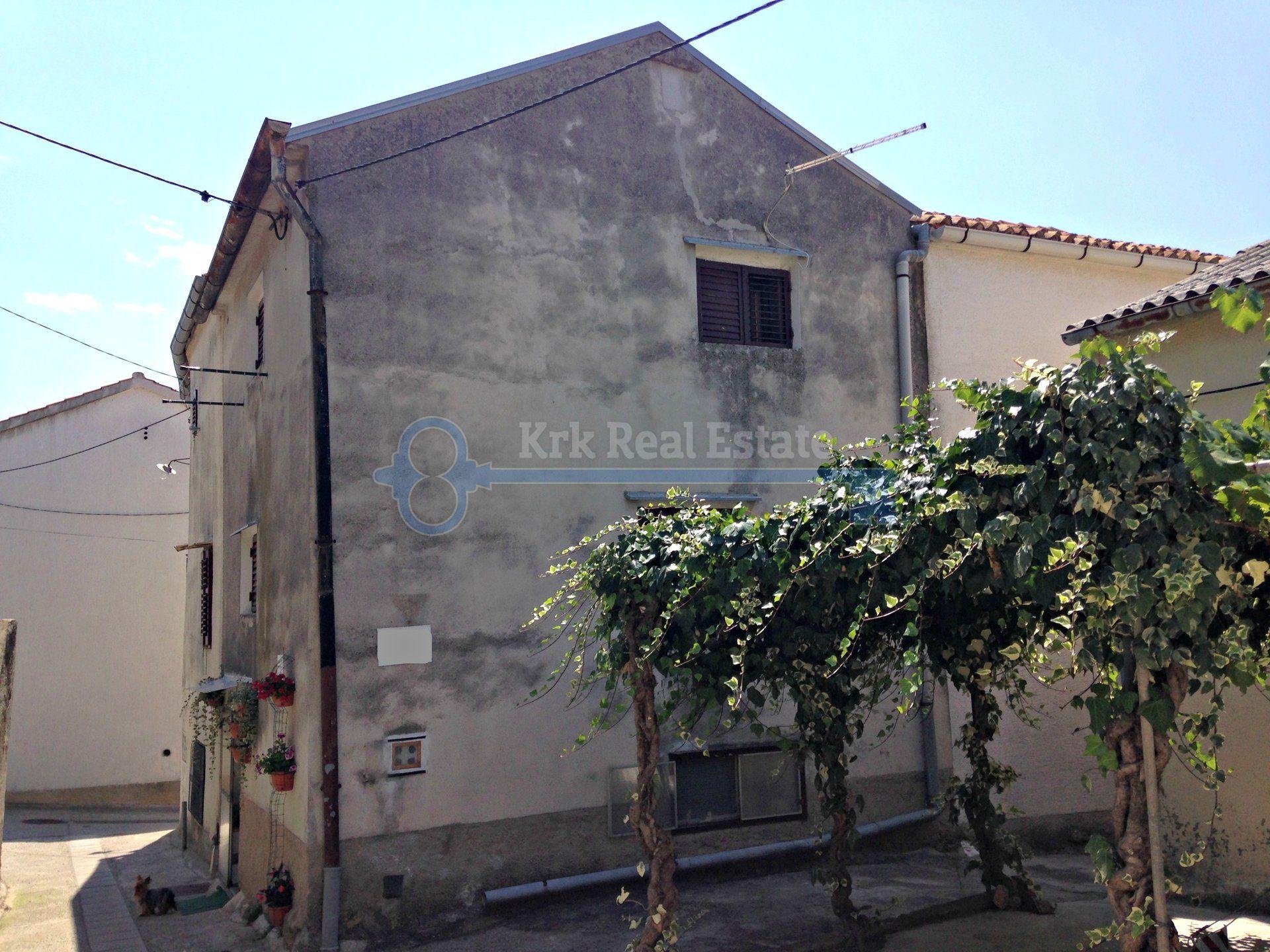 Haus Im Alten Teil Von Punat Mit Vier Schlafzimmern Haus