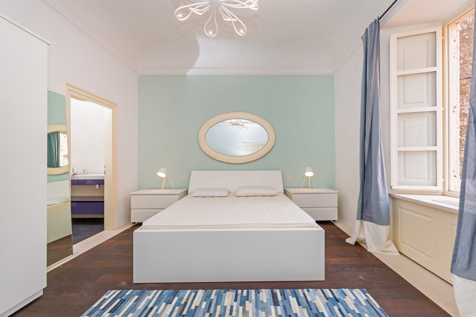 Dubrovnik,dvoetažni kompletno obnovljen i luksuzno opremljen stan 160 m2 u samom srcu Dubrovnika