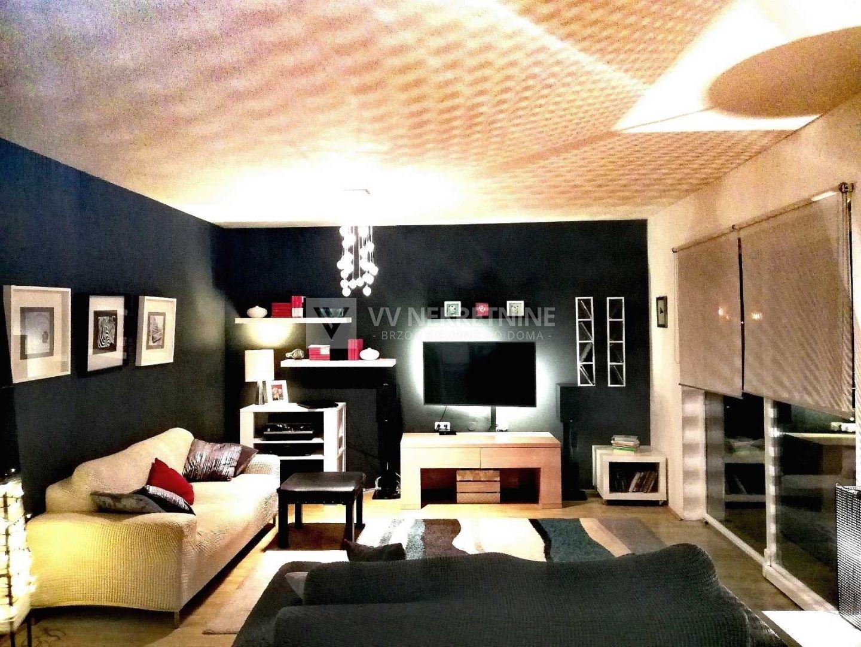 MATULJI - stan 123 m2 3S+DB s velikom okućnicom, idealno za miran obiteljski život!