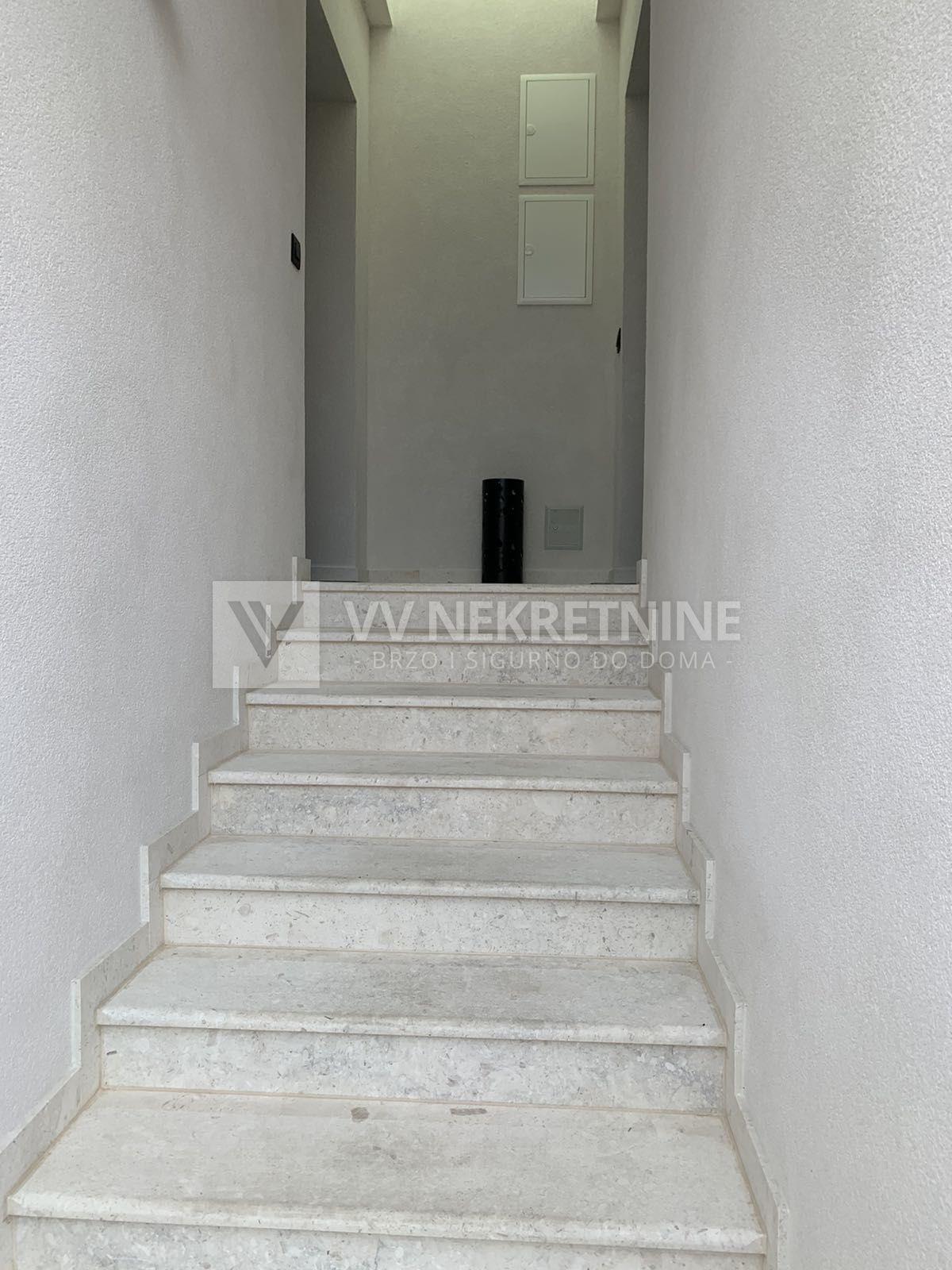 Donja Vežica - najam, atraktivan stan 50m2 u novogradnji