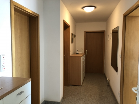 Matulji - stan 115 m2 2S+DB s velikom okućnicom, idealno za miran obiteljski život!