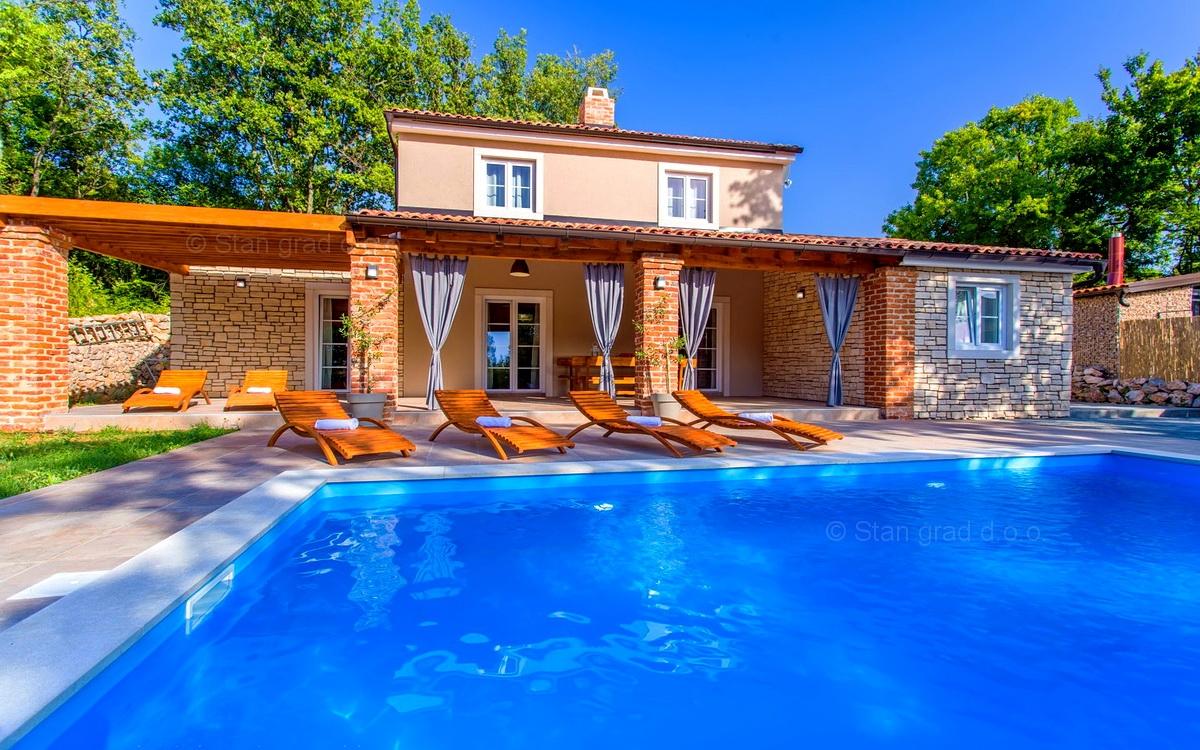 Dobrinj Villa In Pietra Con Piscina E Bellissimo Giardino Casa