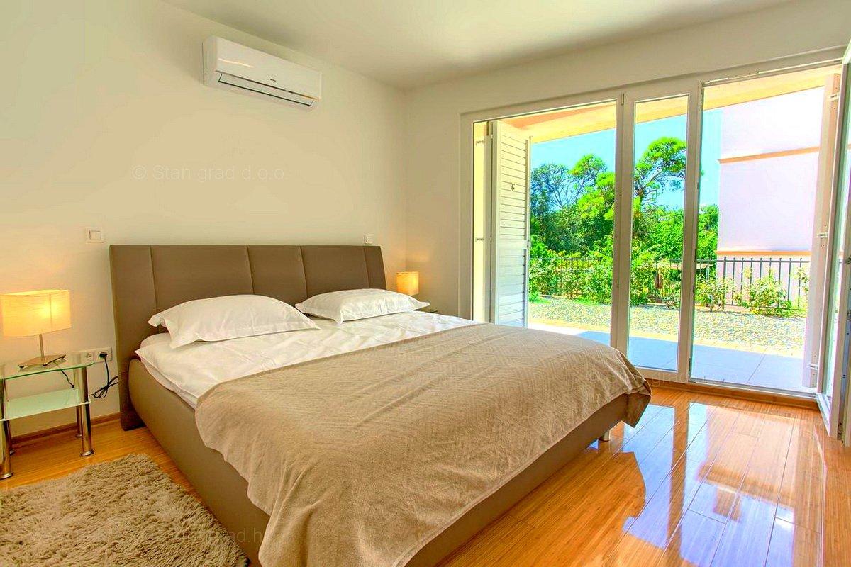 Malinska, PRILIKA!! Luksuzni apartman na 150m od plaže!