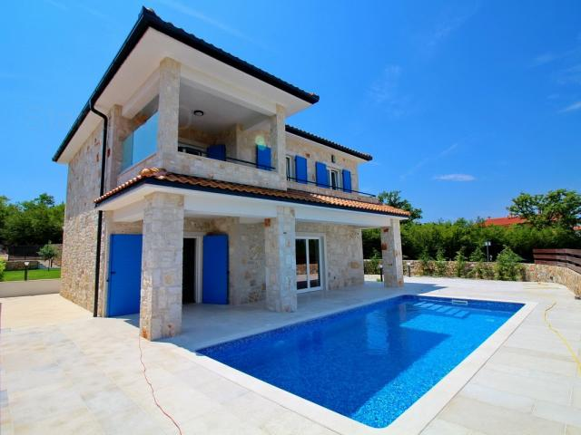 Malinska, nova kamena vila s bazenom i pogledom na more!